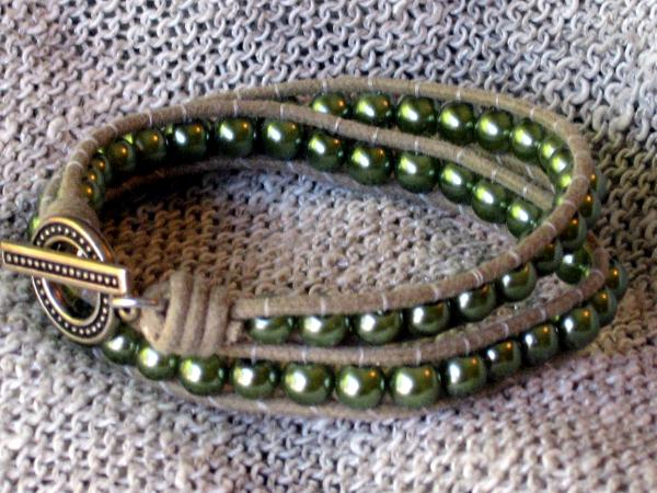 Green Glass Pearl Wrap Bracelet