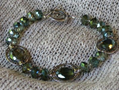 Green Framed Crystals Bracelet